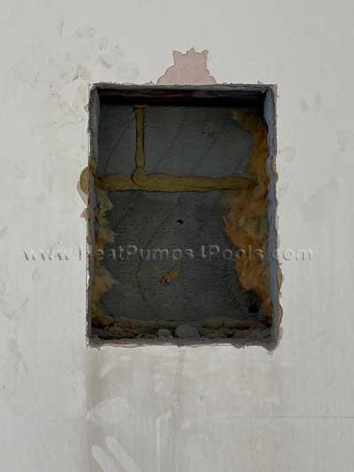 indux-e300-ventilator-hole-in-wall.jpg